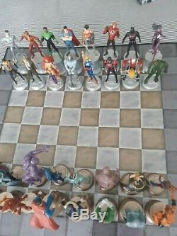 Eaglemoss Marvel / DC Chess Collections, two complete sets, XMen / Forever Evil