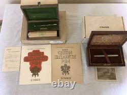 Fountain pen Parker 200th anniversary of independence & Queen Elizabeth Two set
