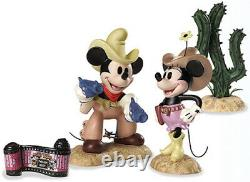 WDCC Two Gun Mickey 2004 Special Commission USA Convention Set Disney Classics