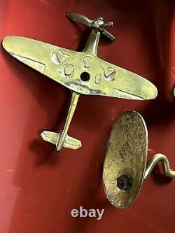 Ancien Ensemble De Bureau En Laiton De Deux Modèles Spitfire