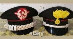 Ensemble De Deux Police Italienne Carabiniers Hat Italie