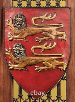 Grand Arms Of France Wall Shield Collection Ensemble De Deux Sculptures Murales