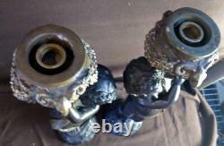 Paire De Deux Chandeliers En Bronze Cherub Puti Statues Figuratives Art Sculpture Set