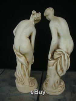 Paire De Vintage Chalkware Ensemble De Deux Statues Déesse Romaine Nu