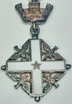 Vers 1960, Le Commandant De L'ordre Du Mérite De La République Italienne Cross Two Piece Medal Set